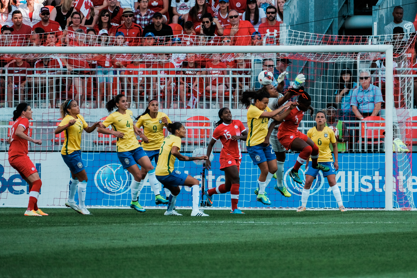 Canada challenging Brazil on a set-piece, though the visitors held the clean sheet for a 2-0 win in Toronto on June 4, 2016.