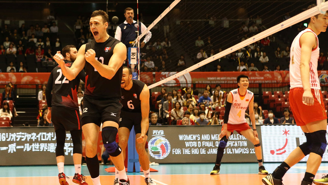 Gavin Schmitt celebrates a point against China on June 5, 2016 at the final Olympic qualifying tournament for Rio 2016 (Photo: FIVB).