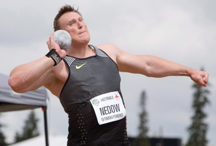 Tim Nedow makes his throw leads during the senior men's shot put finals at the Canadian Track and Field Championships and Selection Trials for the 2016 Summer Olympic and Paralympic Games, in Edmonton, Alta., on Sunday July 10, 2016.THE CANADIAN PRESS/Jason Franson