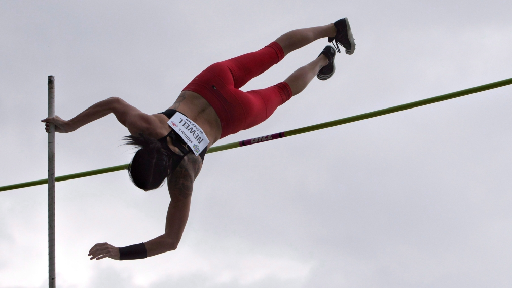 Anicka Newell jumping during the pole vault