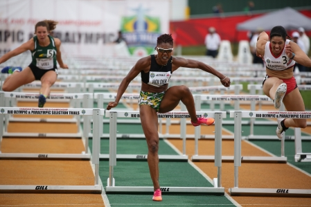 Nikkita Holder will be headed to Rio for 100m hurdles after qualifying at at the Canadian Track and Field Championships and Selection Trials for the 2016 Summer Olympic and Paralympic Games, in Edmonton, Alta. (Steve Boudraeu/COC)