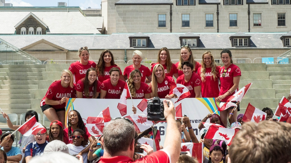 Counting down to Olympic debut, Canada's rugby team enjoys special sendoff