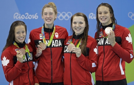 Rio 2016: 200m freestyle relay - Taylor Ruck, Brittany MacLean, Katerine Savard and Penny Oleksiak