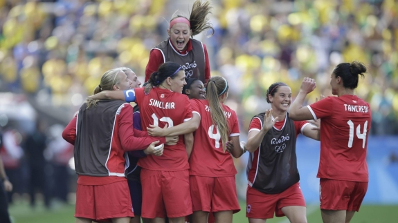 Canada players celebrates after Christine Sinclair scoring their side's second goal during the bronze medal match of the women's Olympic football tournament between Brazil and Canada at the Arena Corinthians stadium in Sao Paulo, Friday Aug. 19, 2016. (AP Photo/Nelson Antoine)
