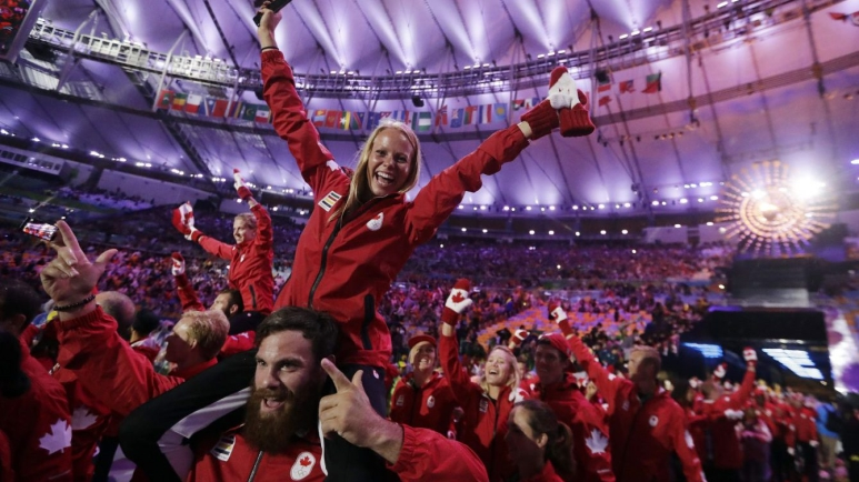 Athletes from Canada march in during the closing ceremony in the Maracana stadium at the 2016 Summer Olympics in Rio de Janeiro, Brazil, Sunday, Aug. 21, 2016. (AP Photo/David Goldman)