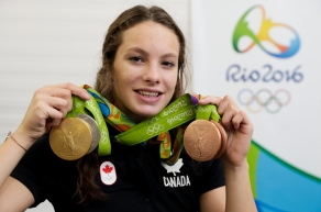 Penny Oleksiak showing off her four medals at the Rio2016 Olympic games on August 14, 2016.