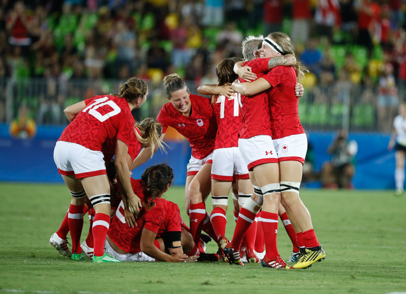 Canada's players celebrates after winning the women's rugby sevens bronze medal match against Great Britain at the Summer Olympics in Rio de Janeiro, Brazil, Monday, Aug. 8, 2016. (Photo/Stephen Hosier)Canada's players celebrates after winning the women's rugby sevens bronze medal match against Great Britain at the Summer Olympics in Rio de Janeiro, Brazil, Monday, Aug. 8, 2016. (Photo/Mark Blinch)