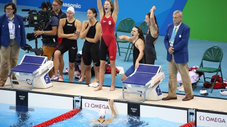 The Rio 2016 4x200m freestyle team wins bronze with Taylor Ruck, Penny Oleksiak, Brittany Maclean and Katerine Savard on August 10 2016.
