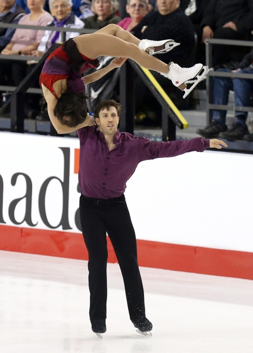 Lubov Ilyshechkina and Dylan Moscovitch in the free skate at the Canadian Tire National Skating Championships, January, 21, 2017 PHOTO: Greg Kolz