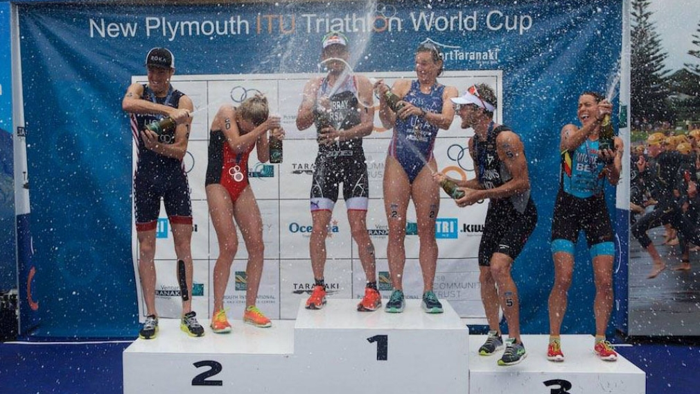 Joanna Brown races to first World Cup triathlon medal in New Zealand