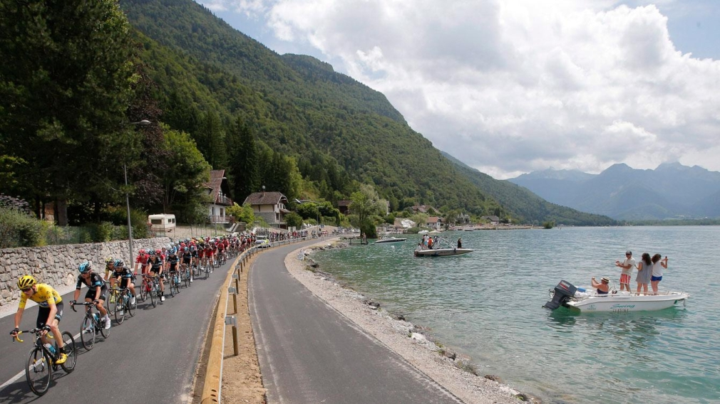 10 amazing places around the world for cycling