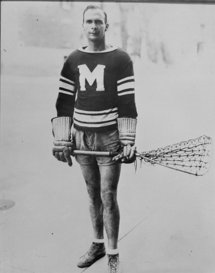 Lionel Conacher (Photo: Hockey Hall of Fame / Library and Archives Canada / PA-050713)
