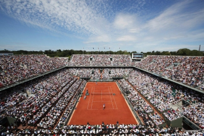 The men's final on Court Philippe Chatrier at the 2017 French Open at Roland Garros (AP Photo/Christophe Ena)