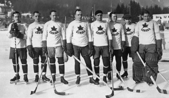 Canadian Olympic Men's Hockey team 1924. (image found on blogspot.com/pucktavie)
