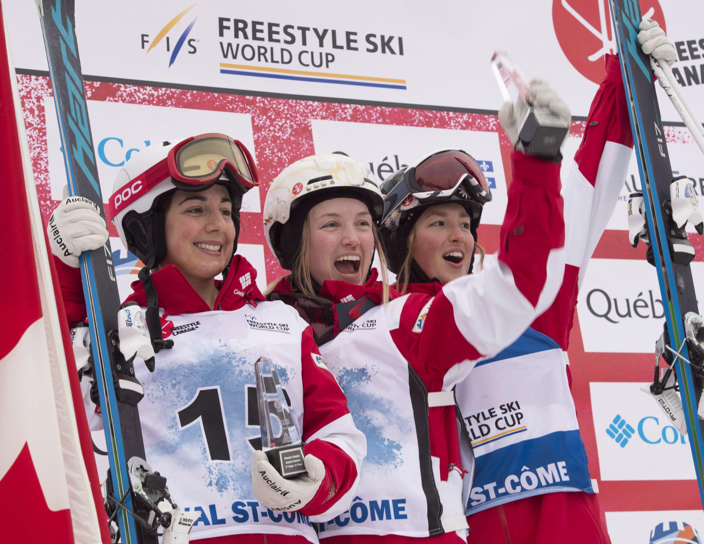 Team Canada - Justine Dufour-Lapointe, Andi Naude, Chloe Dufour-Lapointe