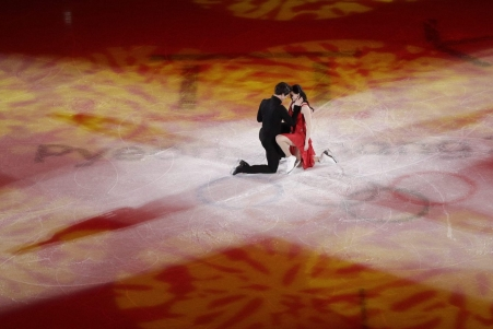 Tessa Virtue and Scott Moir of Canada perform during the figure skating exhibition gala in the Gangneung Ice Arena at the 2018 Winter Olympics in Gangneung, South Korea, Sunday, Feb. 25, 2018. (AP Photo/Felipe Dana)