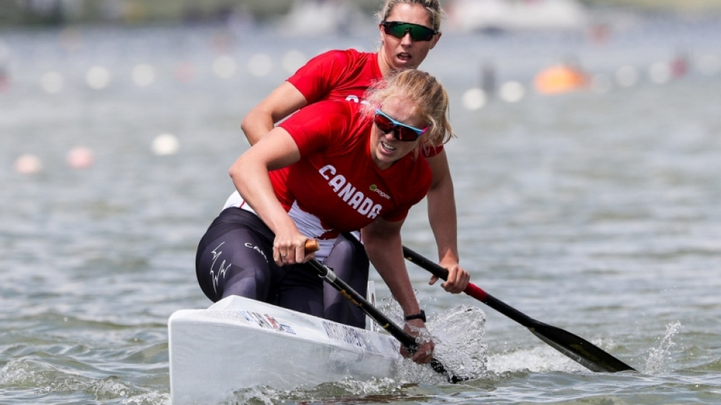 Gold medal and world record for Laurence Vincent-Lapointe and Katie Vincent