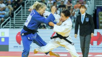 Christa Deguchi and Jessica Klimkait in action