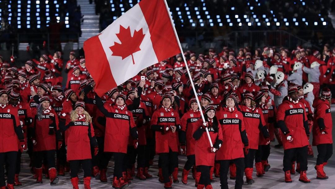 team-canada-virtue-moir-PyeongChang2018-flagbearers