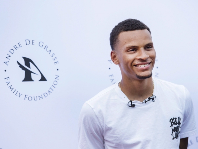 Canadian track star Andre De Grasse announces his new establishment of the Andre De Grasse Family Foundation in Toronto on Thursday, May 31, 2018. THE CANADIAN PRESS/Nathan Denette