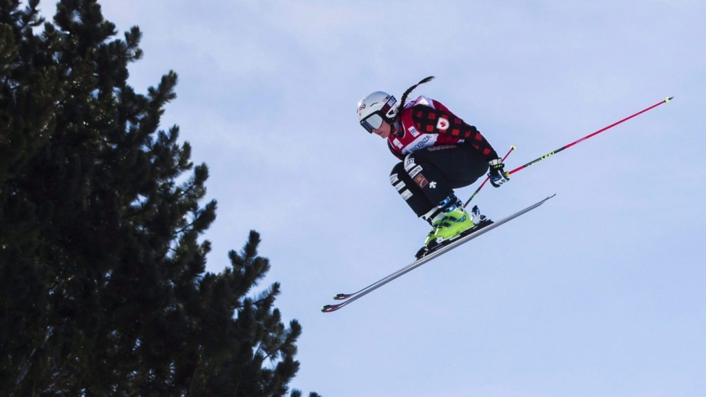 Marielle Thompson opens ski cross season with World Cup bronze
