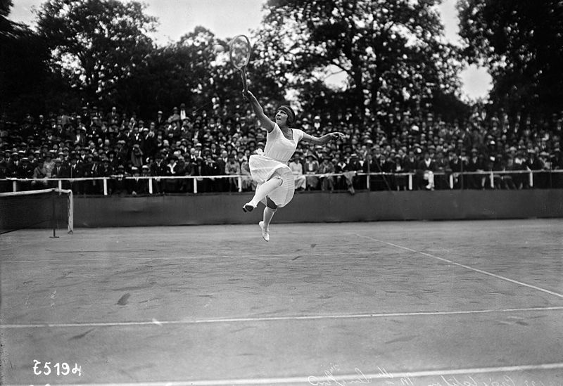 Suzanne Lenglen jumping during her photoshoot in 1922