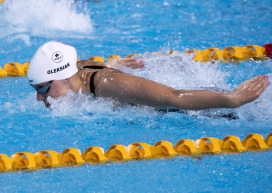Penny Oleksiak swimming