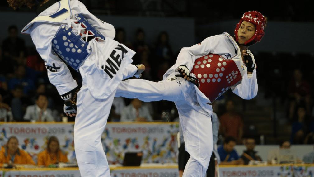 Taekwondo athletes fighting