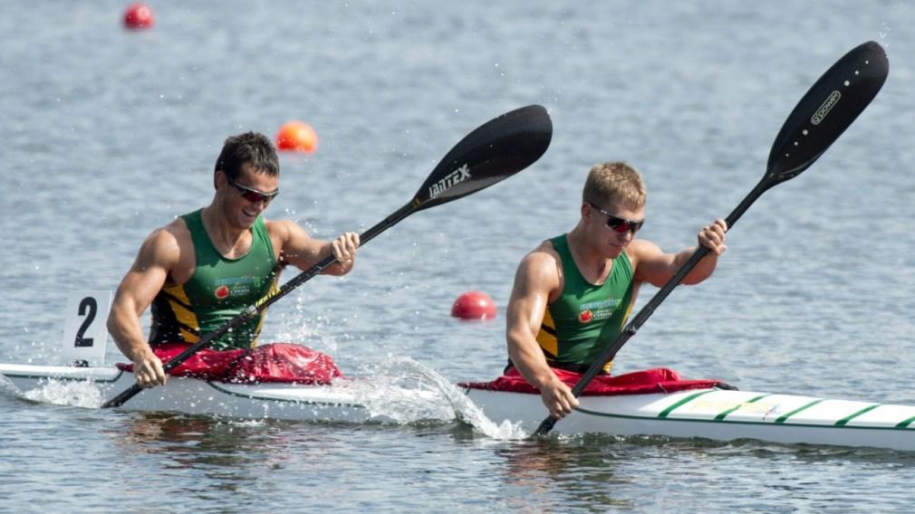 Team Saskatchewan's Mykel Kowaluk and Jarret Kenke paddling