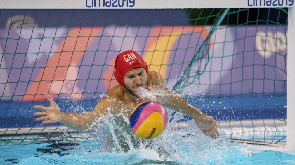 Milan Radenovic swatting ball away