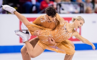 Piper Gilles and Paul Poirier skate the free dance during the 2019 ISU Grand Prix of Figure Skating. Canadian skaters bring home one medal in ice dance on Saturday at Skate Canada International, in Kelowna, B.C.(October 26, 2019)