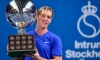 Shapovalov wins first career ATP final in straight sets
