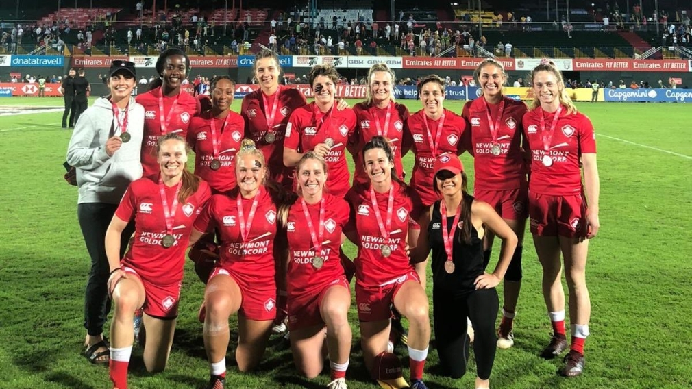 Team Canada Women's 7's celebrate a silver medal performance at Dubai 7's