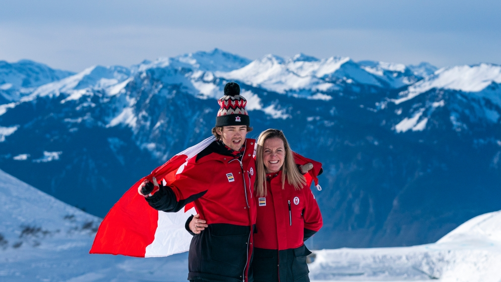 Longino named Closing Ceremony flag-bearer at Lausanne 2020 Winter Youth Olympic Games