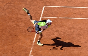 The number 14 of the ATP ranking shows off all its crystalline class on the central Foro Italico - Photo by Adelchi Fioriti