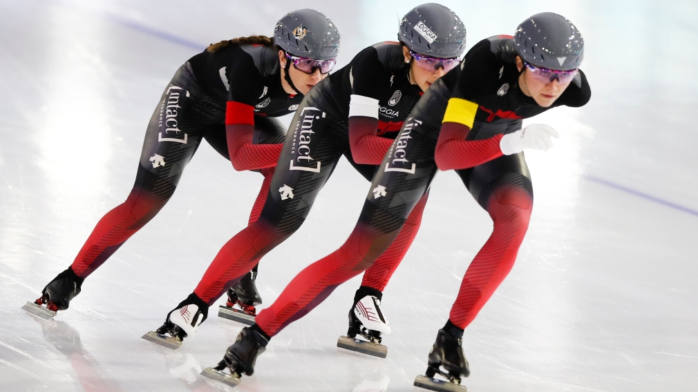Gold and bronze in the team pursuit at the Heerenveen Speed Skating World Cup