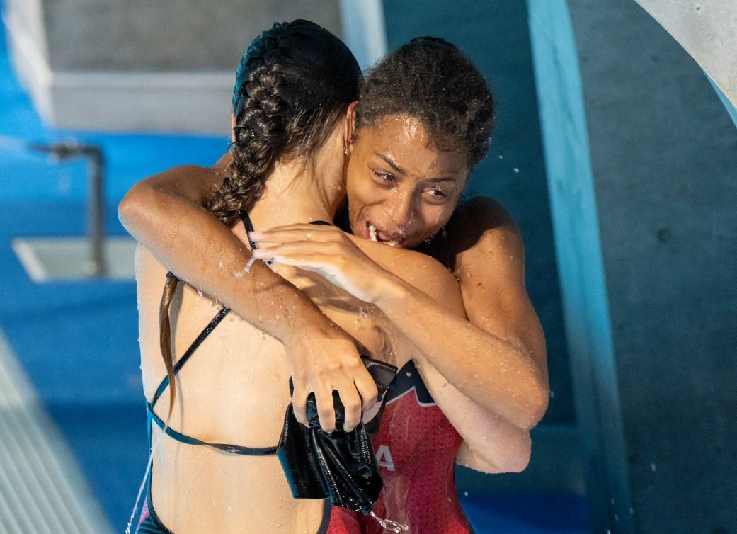 Melissa Citrini-Beaulieu and Jennifer Abel hugging