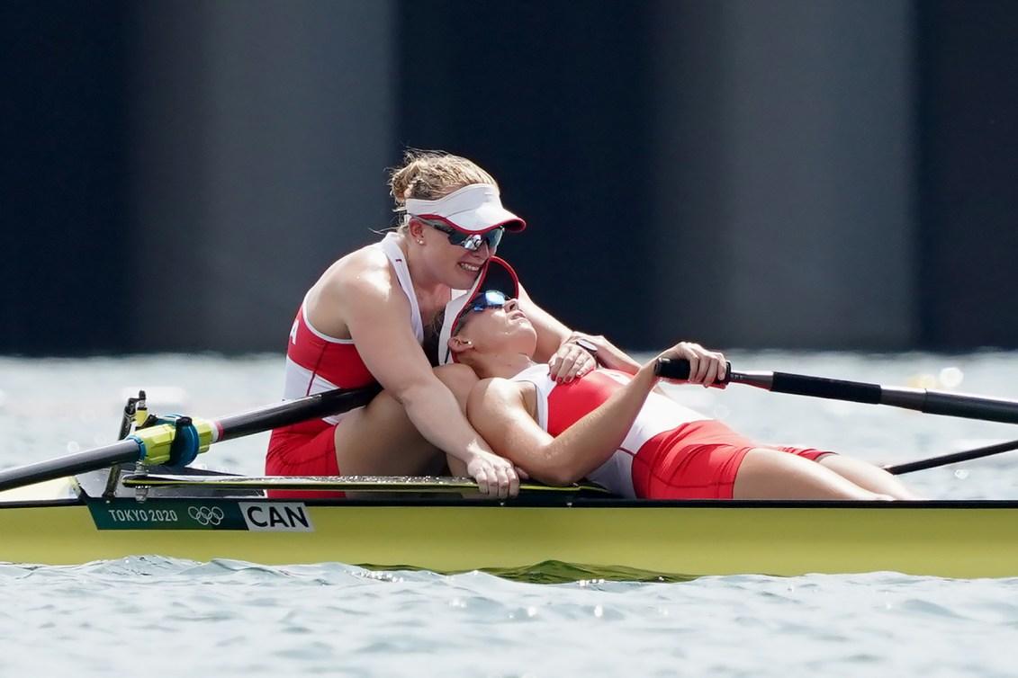 Caileigh Filmer and Hillary Janssens react after their bronze medal win