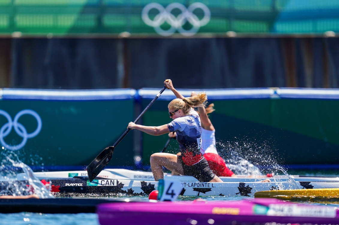 Laurence Vincent Lapointe races in the women's canoe sprint race