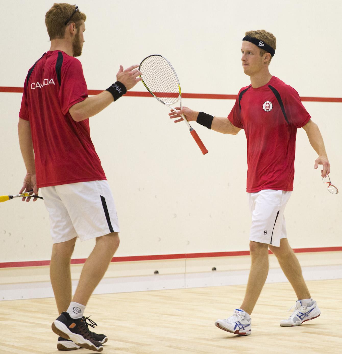 Les frères Schnell, lors de la demi-finale masculine de squash, le 13 juillet 2015 lors des Panam de Toronto. (COC Photo by David Jackson)