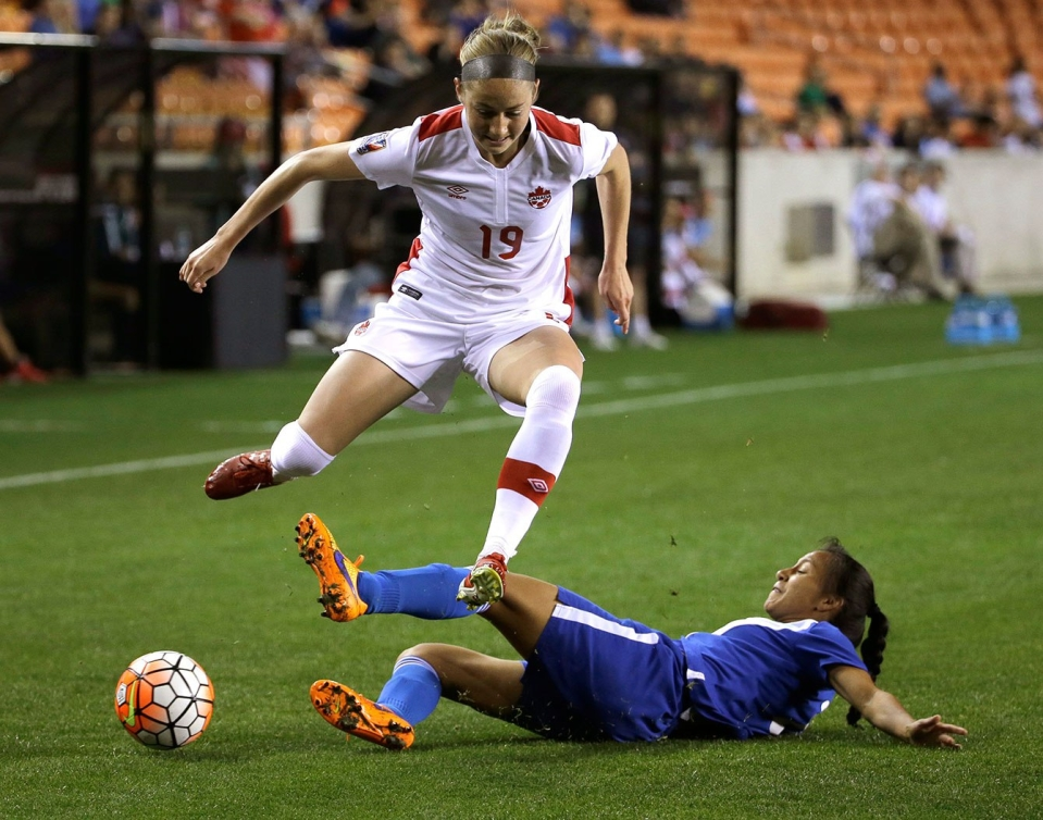 Janine Beckie contre le Guatemala le 16 février 2016.