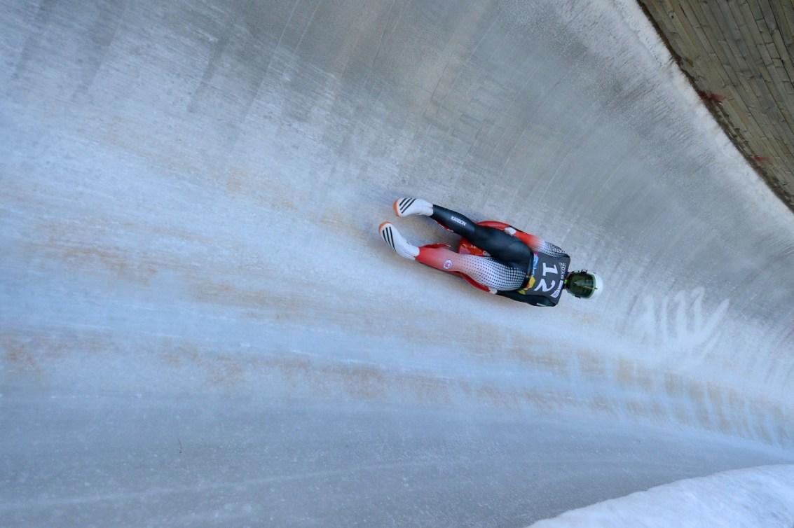 Le Canadien Reid Watts pendant l'épreuve du simple hommes en luge au centre des sports de glisse de Lillehammer lors des Jeux olympiques de la jeunesse d'hiver à Lillehammer, en Norvège, le 14 février 2016. Photo: Thomas Lovelock pour YIS/CIO. Image fournie par YIS/CIO.