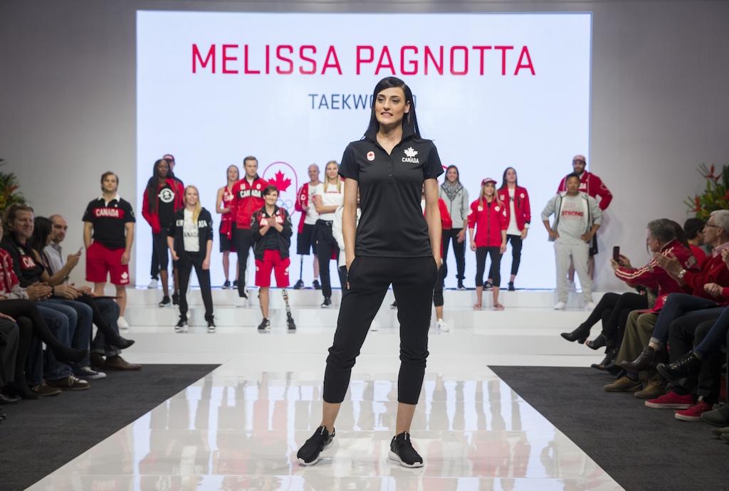 Melissa Pagnotta au dévoilement de la collection officielle d'Équipe Canada pour Rio 2016, le 12 avril 2016.