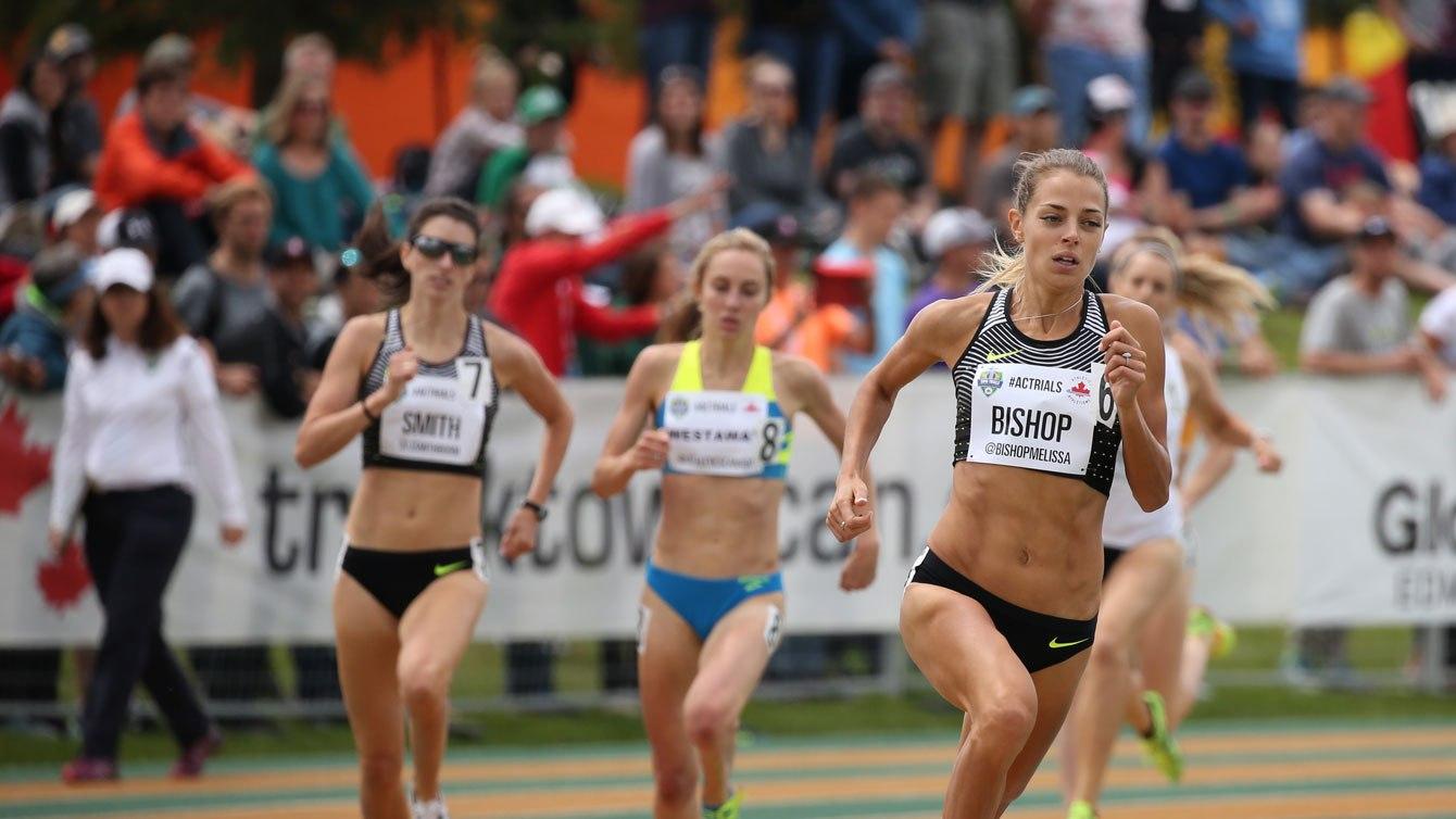 Melissa Bishop pendant la finale du 800 m aux Essais olympique d'Athlétisme Canada, le 10 juillet 2016.