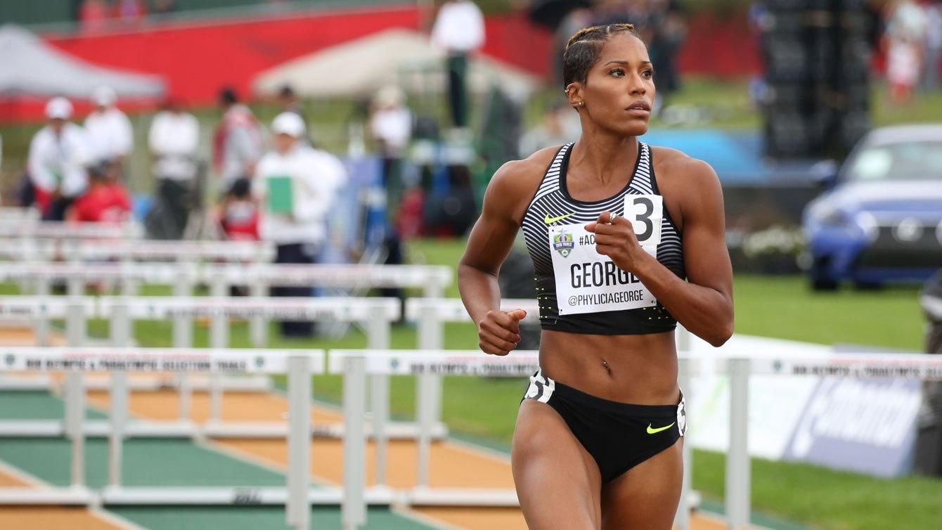 Phylicia George lors de la finale du 100 m haies aux Essais olympique d'Athlétisme Canada, le 10 juillet 2016.