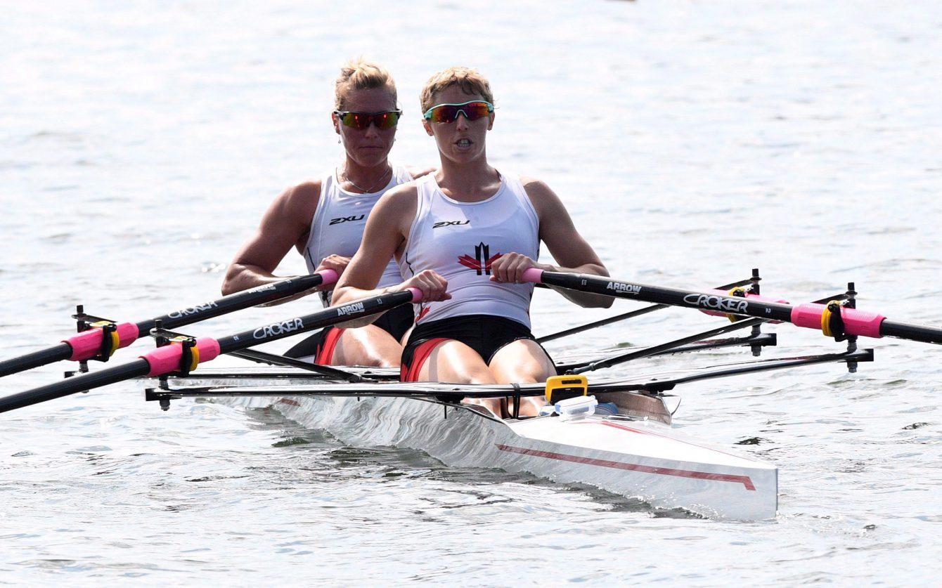 Lindsay Jennerich et Patricia Obee à l'épreuve du deux de couple poids léger féminin lors de l'entraînement au Stade Lagoa aux Jeux de 2016 à Rio. THE CANADIAN PRESS/Sean Kilpatrick