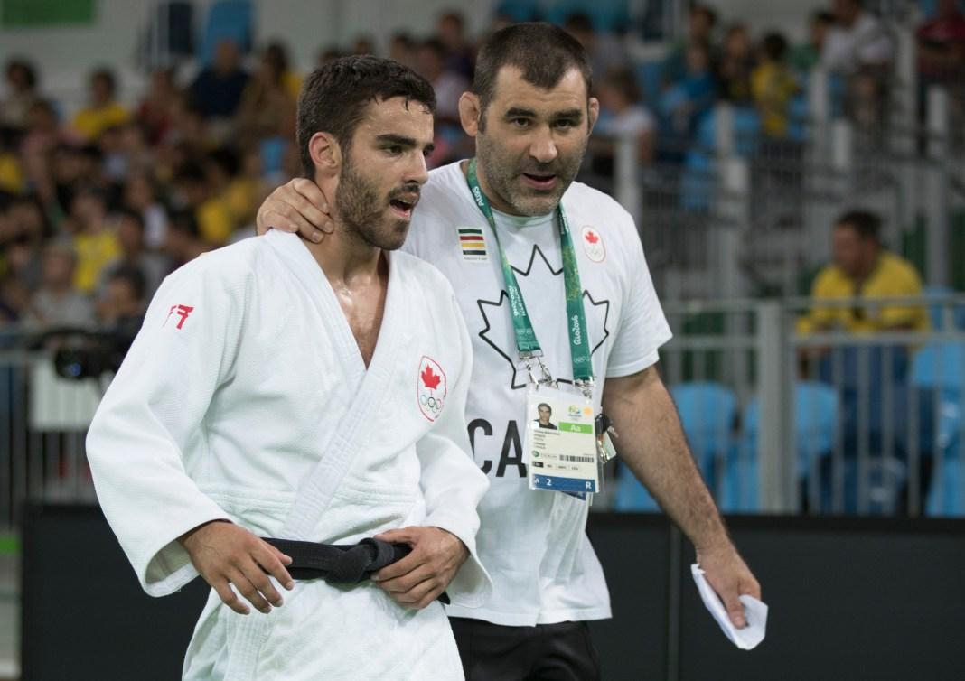 Antoine Bouchard et son entraineur Nicolas Gill aux Jeux olympiques de Rio, le 7 août 2016. (COC Photo par Jason Ransom)