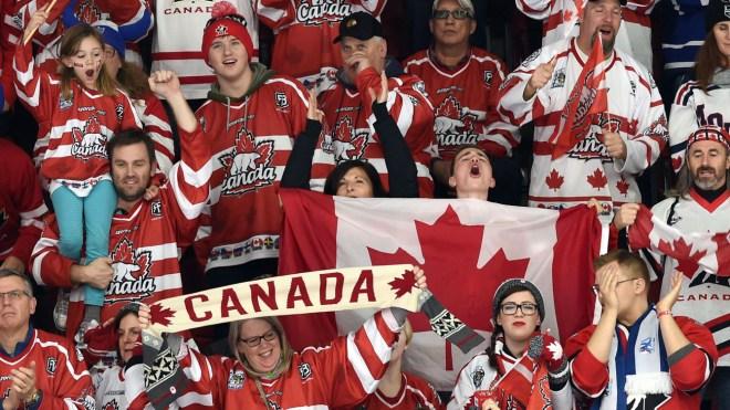 Les partisans d'Équipe Canada lors des Mondiaux juniors de hockey