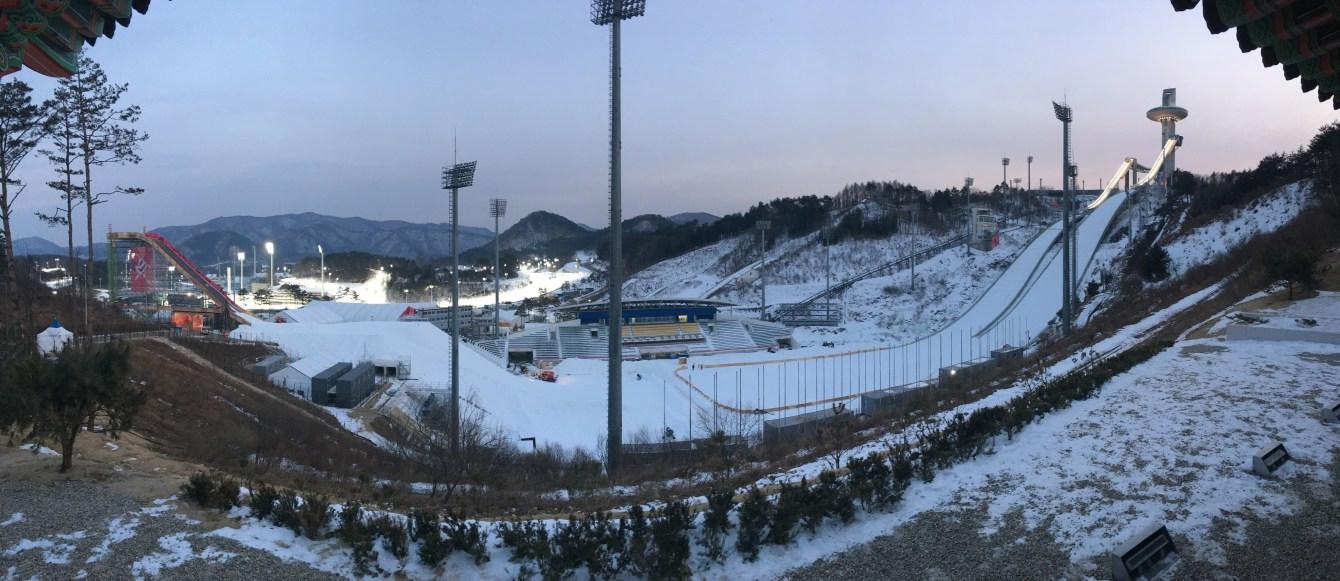 Le Centre de saut à ski d'Alpensia accueillera les épreuves de combiné nordique, de saut à ski et de big air (snowboard et saut à ski).