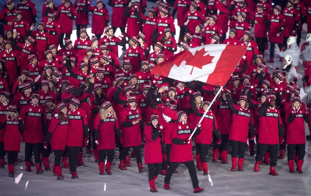 Tessa et Scott portent le drapeau à PyeongChang